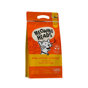 lovecats meowing heads paw lickin' chicken